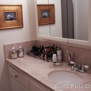 Ugliest Bathroom counter Make-Over for less than $7